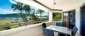 airlie-beach-1bedroom-ocean-1