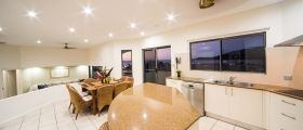 airlie-beach-4bedroom-15