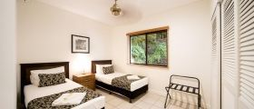 airlie-beach-4bedroom-2