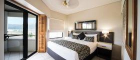 airlie-beach-1bedroom-superior-1