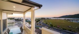 airlie-beach-4bedroom-10