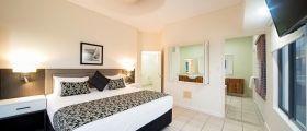 airlie-beach-4bedroom-11