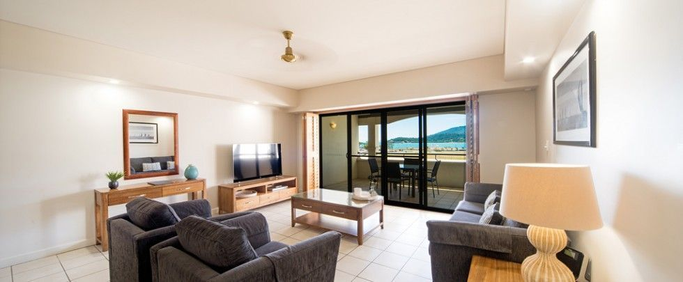 airlie-beach-accommodation-2bed-2bath-04